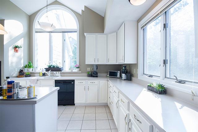 如何选择合适铝合金门窗
